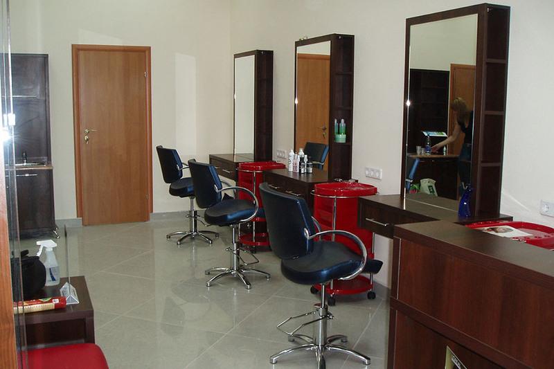 место для парикмахера